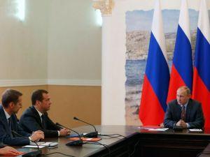 Putin at Russian Security Council meeting, Belbek airport near Black sea port of Sevastopol, Crimea.