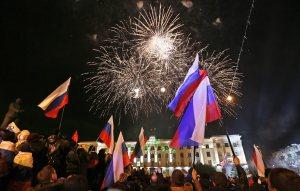 Fireworks explode after Crimean referendum, March 16, 2014 (--EPA/Yuri Kochetkov)