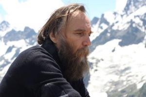 Alexander Dugin (--pieldelobo.blogspot.com)