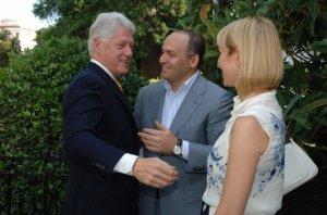 Bill Clinton, Viktor Pinchuk, Elena Pinchuk (--pinchukfund.org)