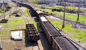 Coal train, Donetsk (--02varvara.wordpress.com)
