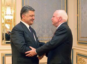 Petro Poroshenko, John McCain