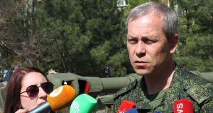 Eduard Basurin (--cz.sputniknews)