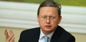 Mikhail Delyagin (--bitterbananas.com)