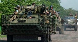 Ukrainian soldiers (--Sputnik/AP/Evgeniy Maloletka)