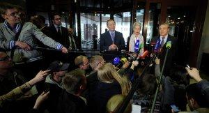 Leoni Kuchma and Heidi Tagliavini, Minsk, May 6 (--Sputnik/AFP/Sergei Gapon)