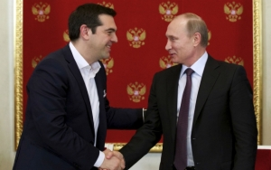Russian President Vladimir Putin and Greek Prime Minister Alexis Tsipras at the Kremlin in Moscow, April 8, 2015 (--Reuters/Alexander Zemlianichenko)