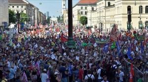 G7 Protesters in Munich (--Strategic Culture Foundation)