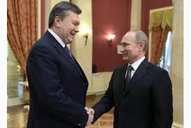 viktor Yanukovich and Vladimir Putin (--thestar.com)