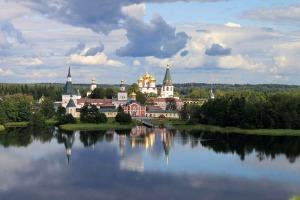 On Lake Valdai (--nikatver.ru)