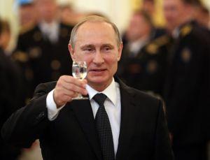 Vladimir Putin (--express.co.uk/Getty)