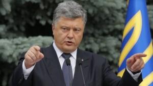 Präsident Petro Poroschenko bei einer Pressekonferenz in Kiew. (--FAZ)
