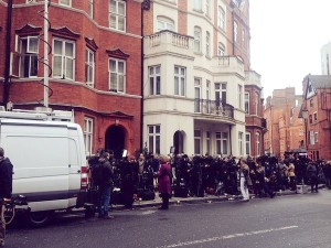 "Jessica Elgot tweets: ""Hundreds of press here outside Ecuadorian embassy from across the world, hoping for a peek of Assange."""