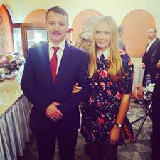 Writer and humanitarian worker Valentina Kornienko, abducted by DPR officials for expressing dissident opinions, shown with Igor Strelkov.