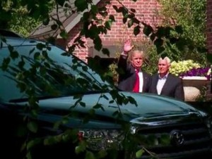 Donald Trump with Mike Pence at Governor's mansion, Indianapolis, July 13, 2016 (--Fox59)