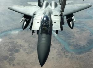 U.S. F-15 Strike Eagle fighter flies over Euphrates River (--U.S. Pilots See Close Calls With Russian Jets Over Syria, Wall Street Journal, Jan 9, 2016)